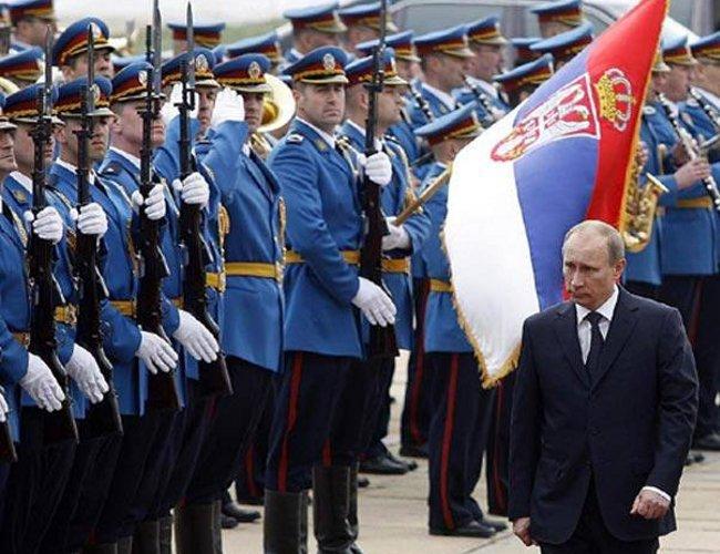 Nella sua visita di Stato del 16 ottobre 2014 Vladimir Putin è stato accolto a Belgrado con tutti gli onori e con manifestazioni di entusiasmo da parte dei filorussi.