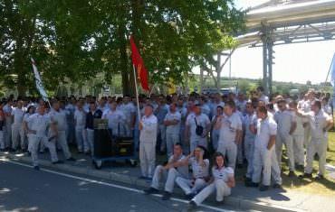 Brnabic: Political interest behind strike in Fiat